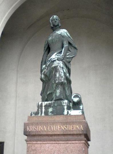 KristinaGyllenstaty01crop