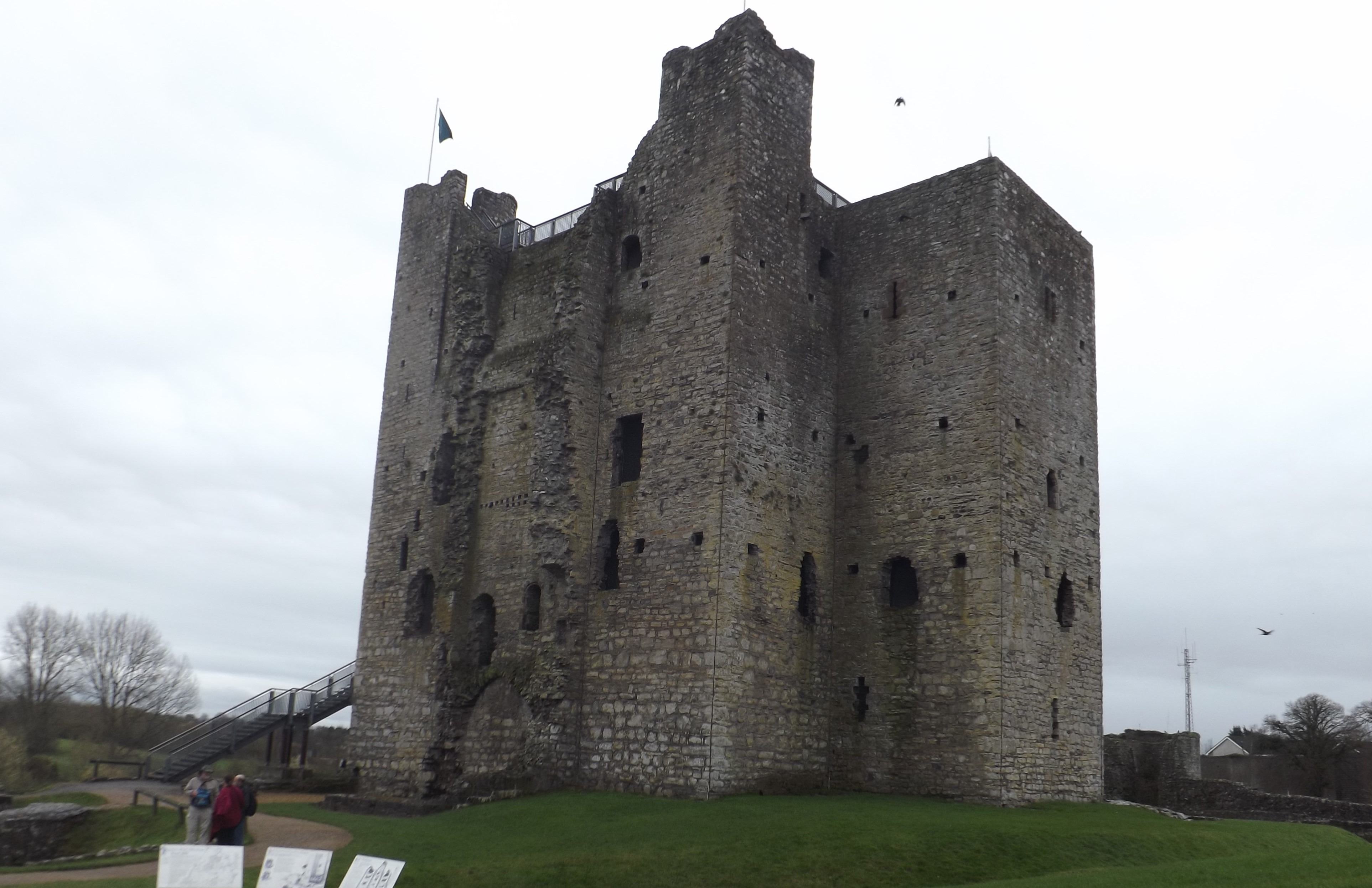 EM 4 Hugh de Lacy's Trim Castle, Co. Meath