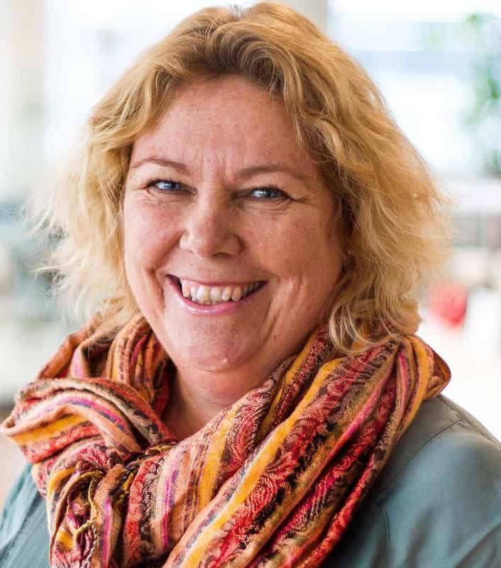 Anna Belfrage, Author